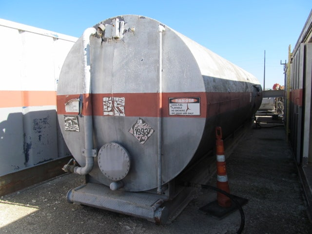 8000-Gallon Fuel Tank