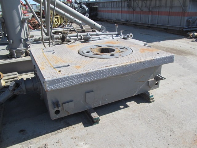 NATIONAL 27-1/2″ Rotary Table