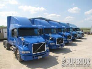 (5 of 21) 2012 VOLVO Sleeper Trucks – YD2