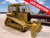 CAT D5M LGP Crawer Tractor w/ 6-Way Blade & Winch