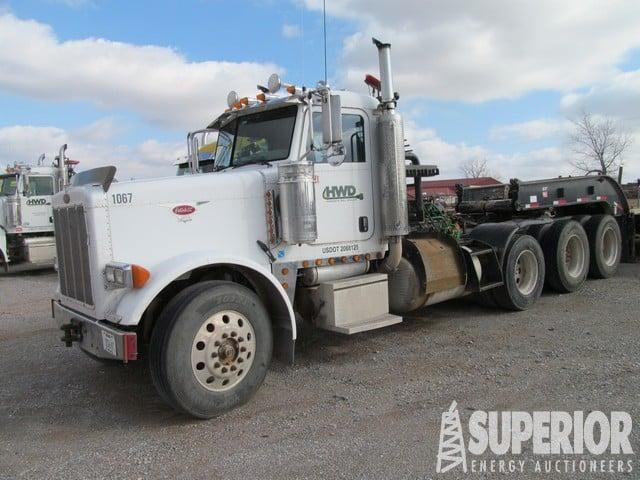 2005 PETE 379 Winch Truck – DY2 YD1