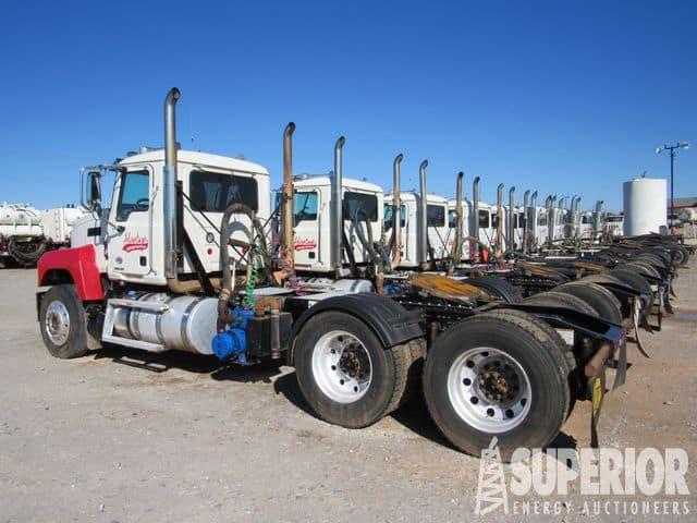 MACK Vac Truck Tractors – YD1