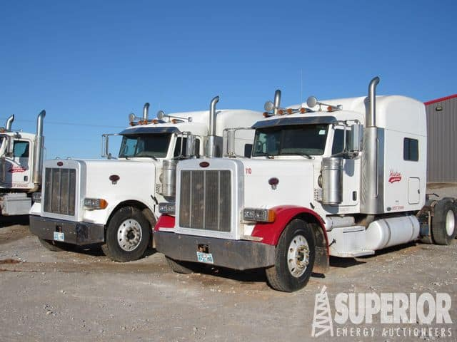 (2 of 6) PETE 379 Vac Trucks w/ Sleeper – YD1