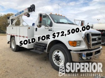 FORD F750 Service Truck w/ 16,600 Miles