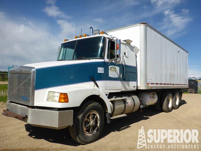 GMC Aero T/A Boiler Truck – DY1 YD1