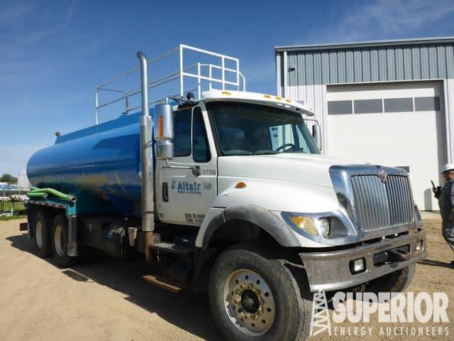 2006 INT'L 7500 T/A Water Truck – DY1 YD1