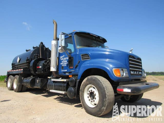 (1 of 2) MACK CV-713 Kill / Vacuum Trucks – DY2 YD3