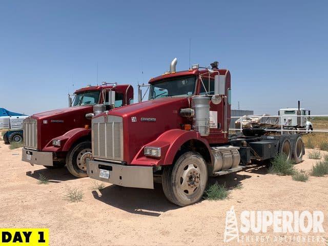 2010 KENWORTH T800 Truck Tractors – YD1