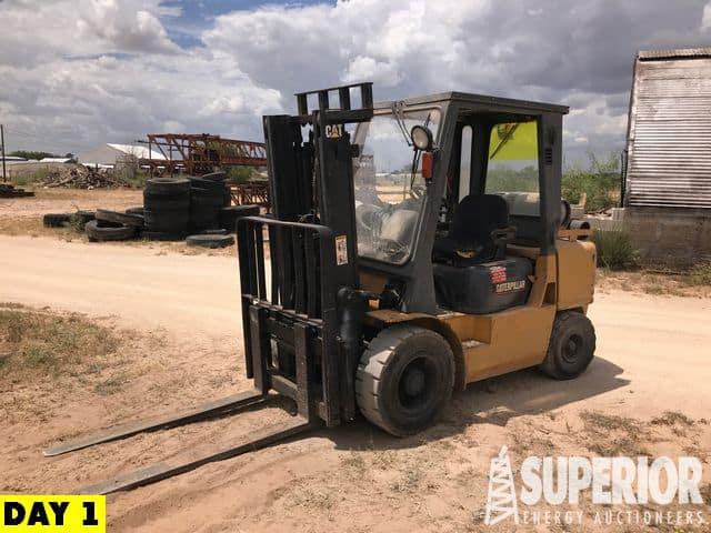 CAT GP35 Forklift – YD2