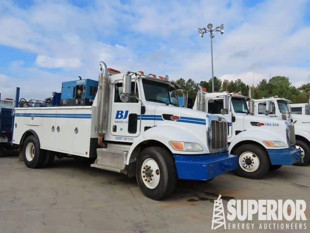 (2 of 3) 2013-2011 PETERBILT 337 Service Trucks – YD1
