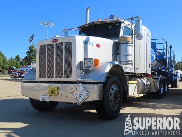 PETE 367 Truck Tractor w/ Sleeper – YD1