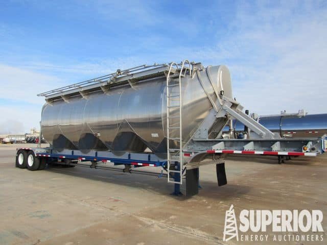 UNUSED HEIL 1600CF Dry Gel Bulk Trailer – YD2