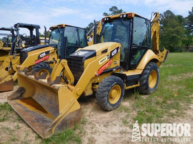 2015 CAT 420F Loader Backhoe – YD3