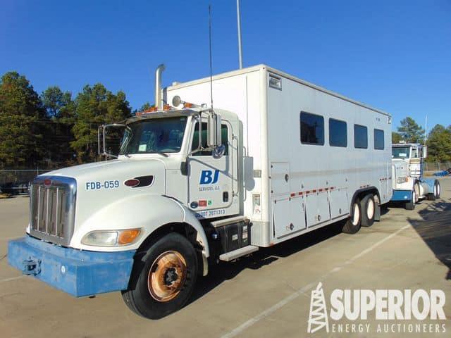 PETERBILT 348 Data Van Truck – YD1